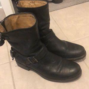 Frye Veronica Zip Boots Size 10 Black